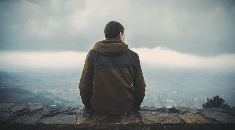12 Zeichen, dass Er Angst davor hat, wie sehr Er Dich mag (OHNE ES ZU MERKEN)